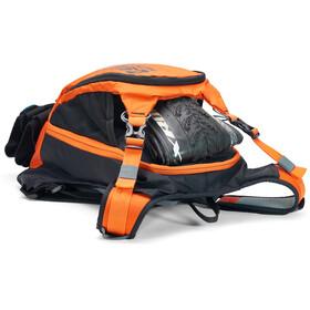 USWE Patriot 15 Protectorrygsæk, black/orange